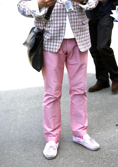 pantaloni-rosa-uomo