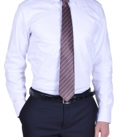 bagutta-camicia-e-cravatta