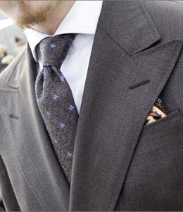 camicia-da-lavoro-cravatta-micro-fantasia