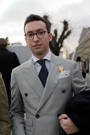 abito-grigio